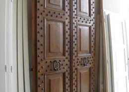 Restauro portone antico in legno - Ratoci Roberto