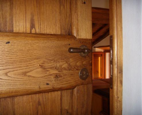 Porte in legno su misura - Falegnameria Ratoci